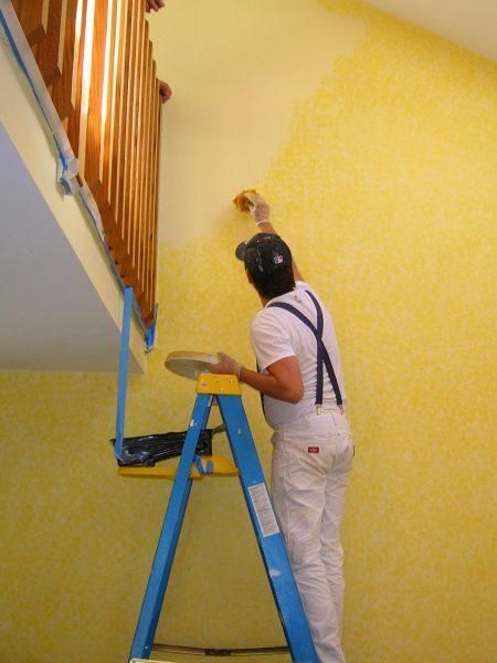 Malba bytu žlutá barva